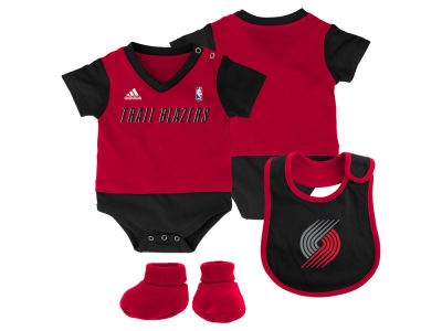 Portland Trail Blazers NBA Newborn Creeper Bib & Bootie Set