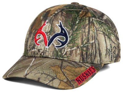 Connecticut Huskies Top of the World NCAA Realtree XB1 Camo Cap