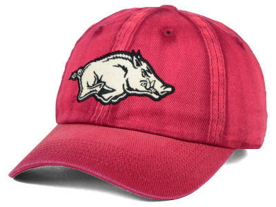 Arkansas Razorbacks Top of the World NCAA Vintnew Cap