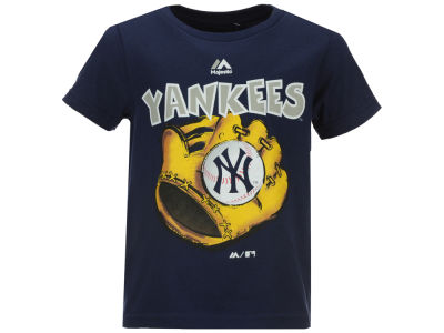 New York Yankees MLB Toddler Baseball Mitt T-Shirt