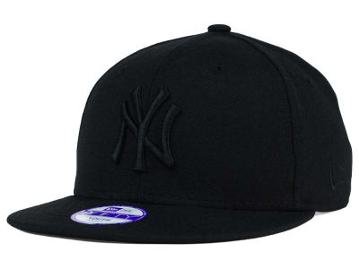 New York Yankees New Era MLB Youth Black on Black 9FIFTY Snapback Cap