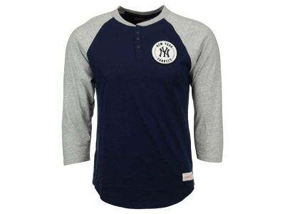 New York Yankees Mitchell and Ness MLB Men's Unbeatean Henley 3/4 Sleeve Shirt