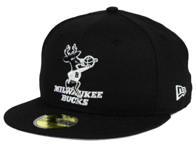 Milwaukee Bucks New Era NBA HWC Black White 59FIFTY Cap