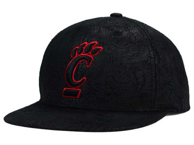Cincinnati Bearcats Top of the World NCAA Phasely Snapback Cap