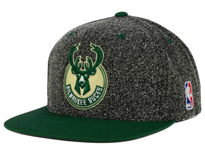 Milwaukee Bucks Mitchell and Ness NBA Static Team Logo Snapback Cap