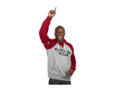 Chicago Bulls GIII NBA Men's Hands High Training Camp PO Fleece Hoodie