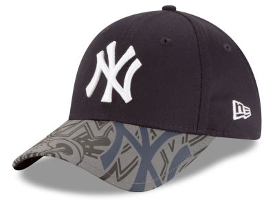 New York Yankees New Era MLB Youth Reflect Fuse 9FORTY Cap