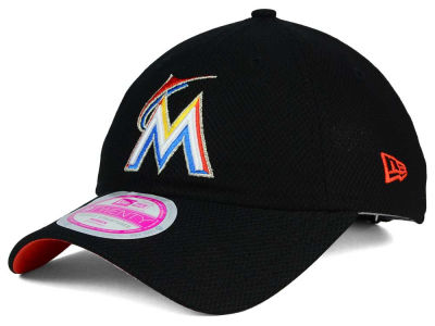 Miami Marlins New Era MLB Women's Tech Essential 9TWENTY Cap