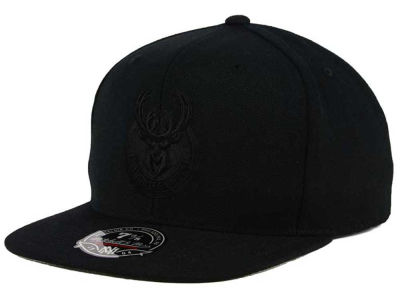 Milwaukee Bucks Mitchell and Ness NBA Tonal TC Hi Crown Fitted Cap