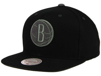 Brooklyn Nets Mitchell and Ness NBA Grey Tonal Logo Snapback Cap