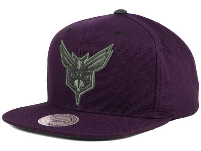 Charlotte Hornets Mitchell and Ness NBA Grey Tonal Logo Snapback Cap