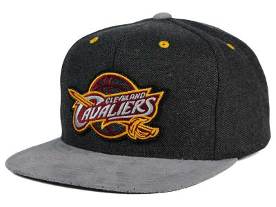 Cleveland Cavaliers Mitchell and Ness NBA Cation Perforated Suede Snapback Cap