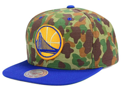 Golden State Warriors Mitchell and Ness NBA Camo with Team Color Visor Strapback Cap