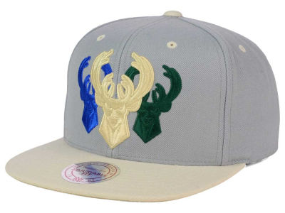 Milwaukee Bucks Mitchell & Ness NBA Triple Color Stack Snapback Cap