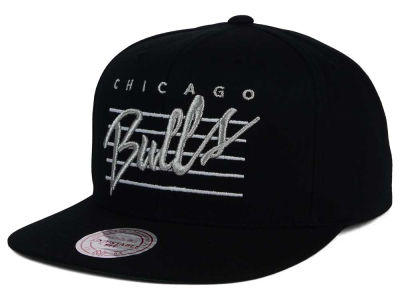 Chicago Bulls Mitchell and Ness NBA Cursive Script Cotton Snapback Cap