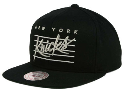 New York Knicks Mitchell and Ness NBA Cursive Script Cotton Snapback Cap