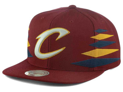 Cleveland Cavaliers Mitchell and Ness NBA Solid Diamond Snapback Cap