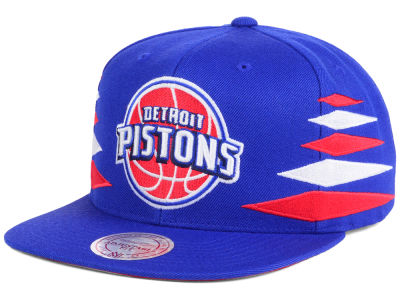 Detroit Pistons Mitchell & Ness NBA Solid Diamond Snapback Cap
