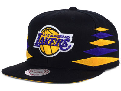 Los Angeles Lakers Mitchell and Ness NBA Solid Diamond Snapback Cap