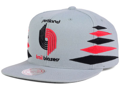 Portland Trail Blazers Mitchell and Ness NBA Solid Diamond Snapback Cap