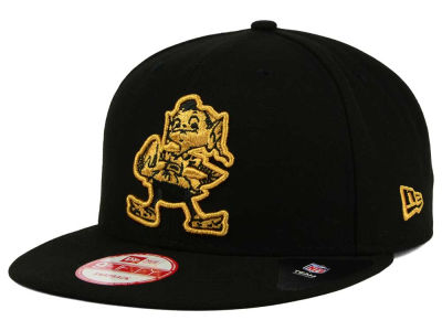 Cleveland Browns New Era NFL Black Metallic Gold 9FIFTY Snapback Cap