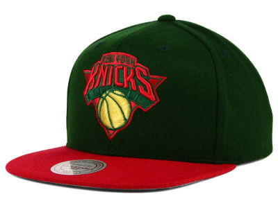 New York Knicks Mitchell and Ness NBA Holiday Collection Snapback Hat