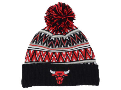 Chicago Bulls Mitchell and Ness NBA Tribal HI 5 Pom Beanie