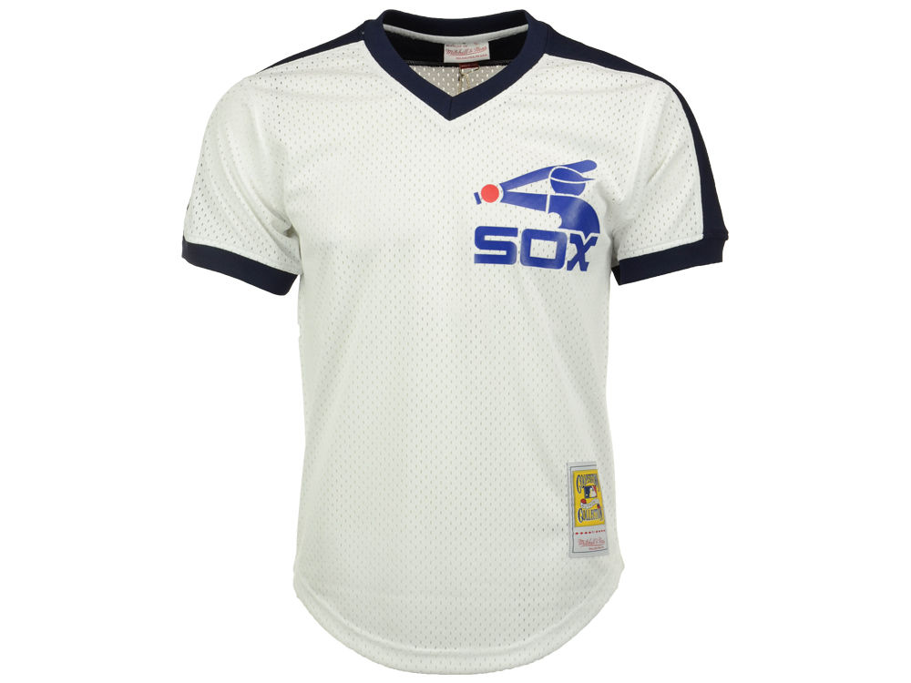 Chicago White Sox Carlton Fisk Mitchell   Ness MLB Men s Authentic Mesh  Batting Practice V-Neck Jersey  17c7078dc