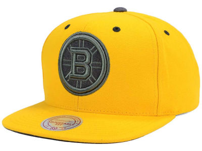 Boston Bruins Mitchell and Ness NHL Grey Tonal Logo Snapback Cap
