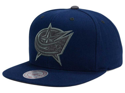 Columbus Blue Jackets Mitchell & Ness NHL Grey Tonal Logo Snapback Cap