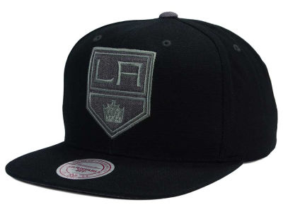 Los Angeles Kings Mitchell and Ness NHL Grey Tonal Logo Snapback Cap