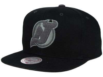 New Jersey Devils Mitchell and Ness NHL Grey Tonal Logo Snapback Cap