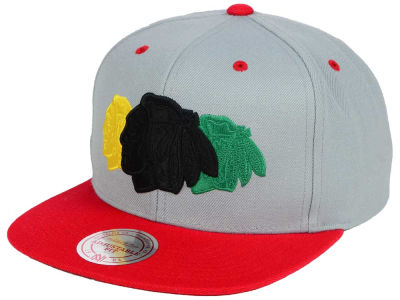 Chicago Blackhawks Mitchell and Ness NHL Triple Color Stack Snapback Cap