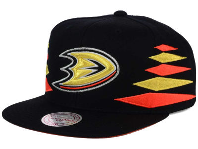 Anaheim Ducks Mitchell and Ness NHL Solid Diamond Snapback Cap