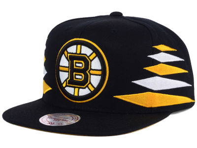 Boston Bruins Mitchell & Ness NHL Solid Diamond Snapback Cap