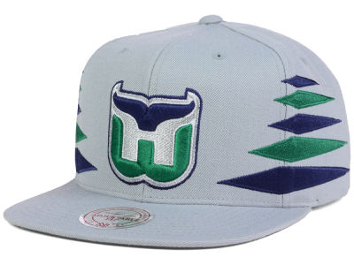 Hartford Whalers Mitchell and Ness NHL Solid Diamond Snapback Cap
