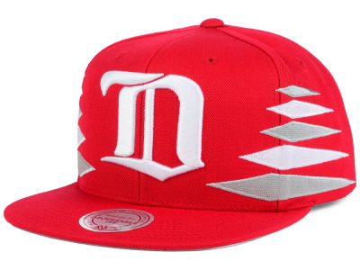 Detroit Red Wings Mitchell & Ness NHL Solid Diamond Snapback Cap