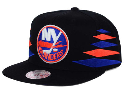 New York Islanders Mitchell and Ness NHL Solid Diamond Snapback Cap