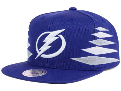 Tampa Bay Lightning Mitchell and Ness NHL Solid Diamond Snapback Cap