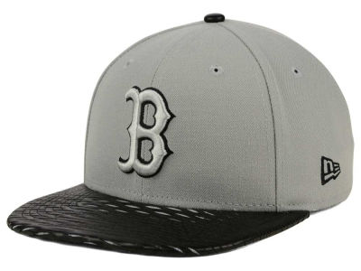 Boston Red Sox New Era MLB Leather RIP 9FIFTY Snapback Cap