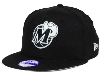 Dallas Mavericks New Era NBA HWC Youth Black White 9FIFTY Snapback Cap