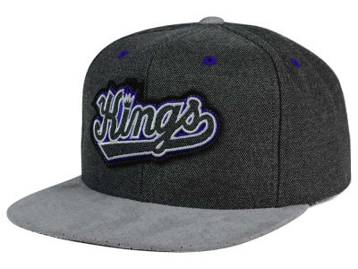 Sacramento Kings Mitchell and Ness NBA Cation Perforated Suede Snapback Cap