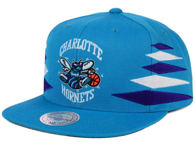 Charlotte Hornets Mitchell and Ness NBA Solid Diamond Snapback Cap