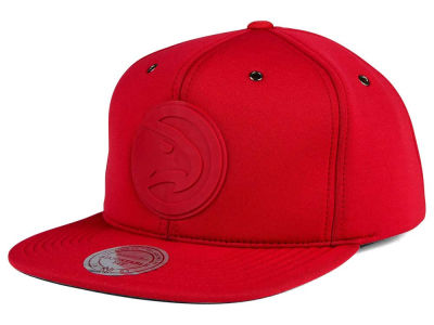 Atlanta Hawks Mitchell and Ness NBA Neoprene Strapback Cap