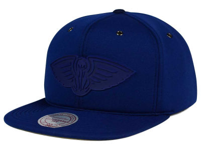 New Orleans Pelicans Mitchell and Ness NBA Neoprene Strapback Cap