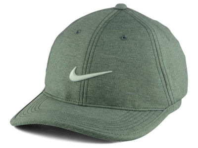 Nike Golf Ultralight Conrast Cap