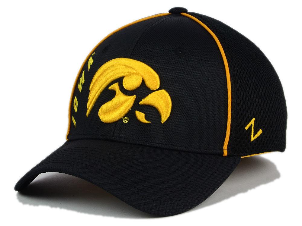 Iowa Hawkeyes Zephyr NCAA Punisher Stretch Hat  42f8b031a687