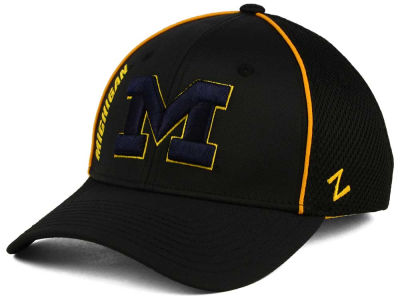 Michigan Wolverines Zephyr NCAA Punisher Stretch Hat