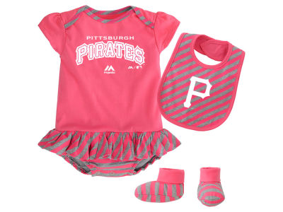 Pittsburgh Pirates MLB Newborn Girls Bib & Booty Set
