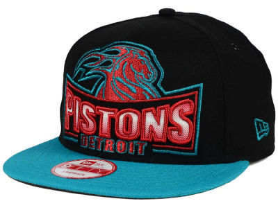Detroit Pistons New Era NBA HWC Metallic Grader 9FIFTY Snapback Cap